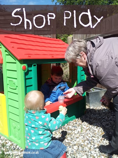 Exploring outdoors – shop imaginative play
