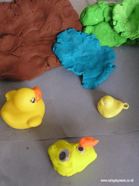 MeMeTales Five Little Ducklings play idea