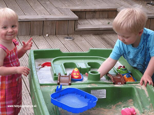 Water Table Summer Play
