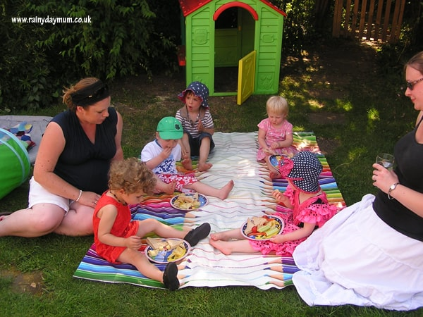 head out and eat outside with a picnic in the garden