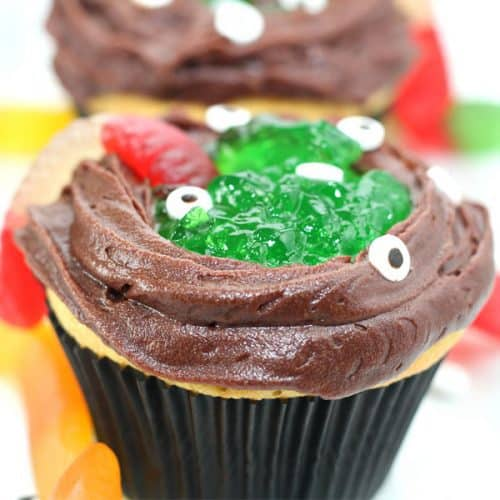 Easy Halloween Recipe - Witches Cauldron Cakes to Make with Kids