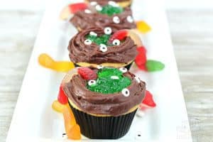 cauldron cupcakes with halloween candy