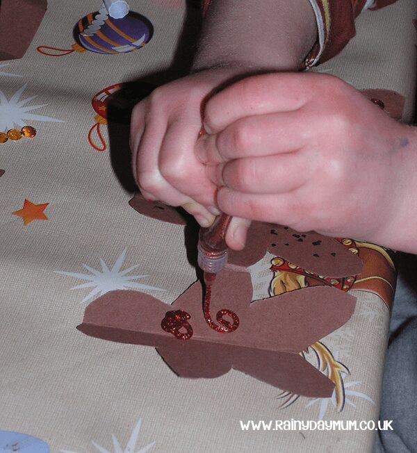 Paper doll chains of gingerbread men