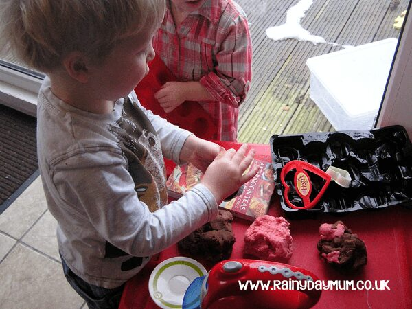 valentines role play bakery prompting playing together for under 5's
