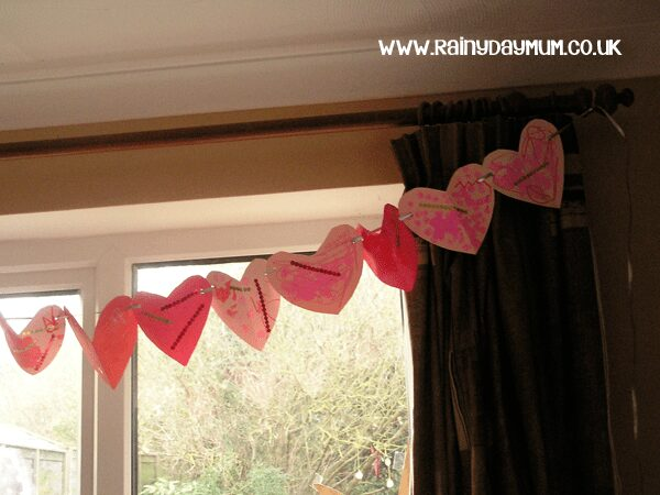 Simple Valentines Heart Bunting