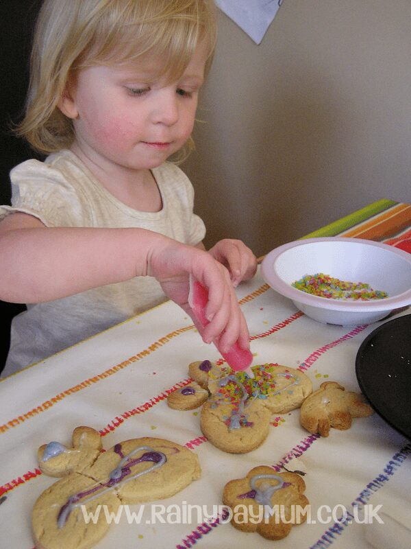 Toddler creative baking decorating butterfly cookies #cbias