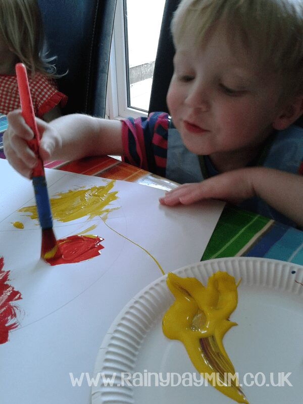 Creating Color Wheels to bring alive the book Little Blue and Little Yellow by Leo Lionni