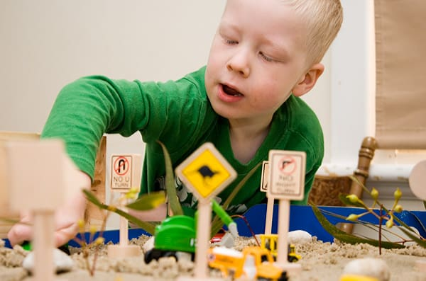 7 Days of Imaginative Play from Pickle Bums guest posting on Rainy Day Mum