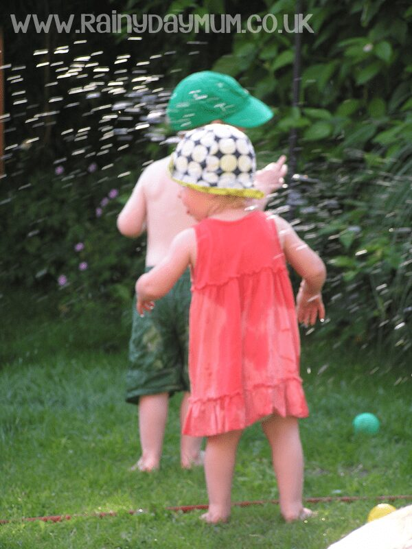 Top Tips for enjoying summer time outdoors with kids
