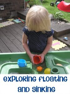 Exploring Floating and Sinking in the Water Table