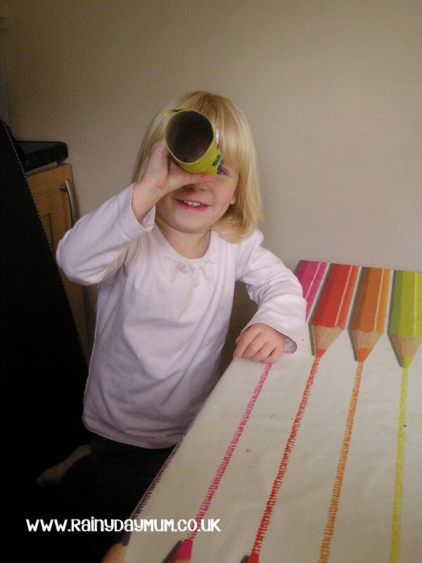 Simple Toddler Craft to Create a Telescope