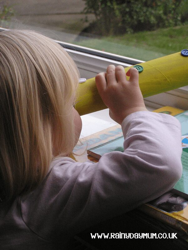 Simple Toddler Craft and Game to help colors and fine motor skills