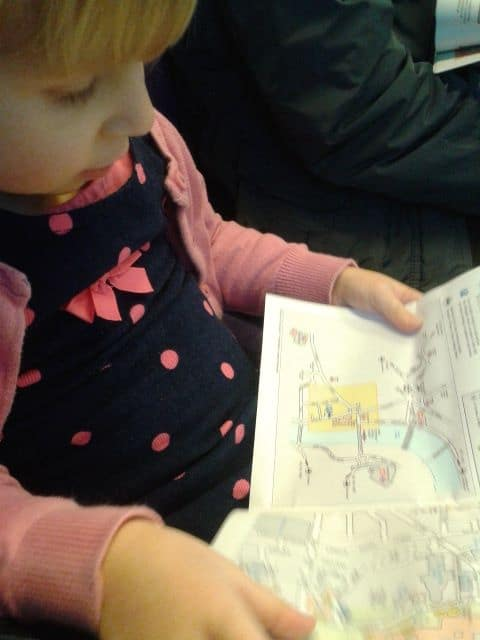 Reading the Map of how to Get to House of Parliament