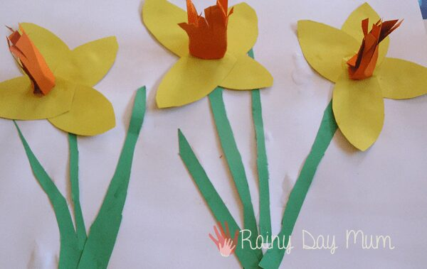 3d spring art idea, daffodils in a row for preschoolers to create