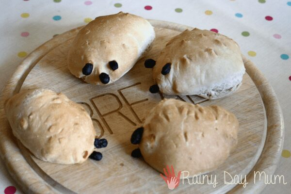 Hedgehog Bread Rolls for kids to make - perfect for some autumn baking