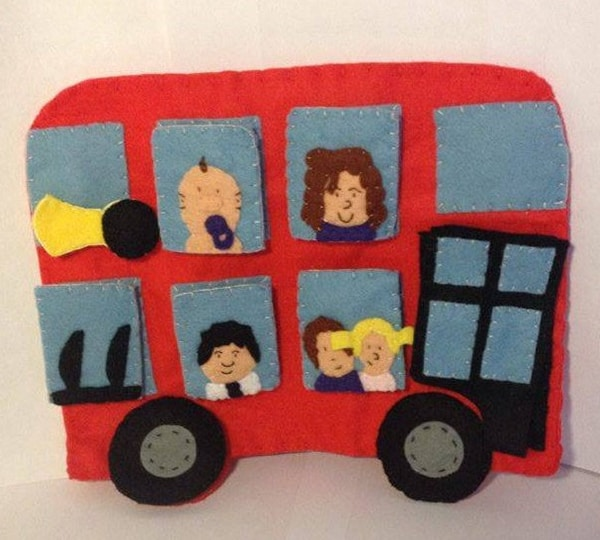 Wheels on the Bus Hand Puppet