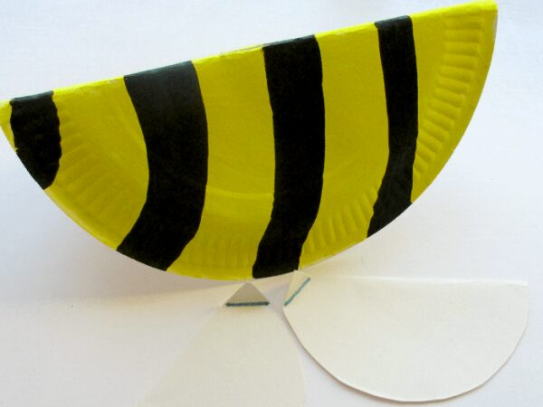 Fun and interactive kids craft to make a bouncy bee