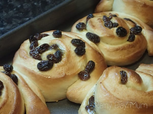 Delicious homemade Belgium Buns better tasting than the bakers and easy to make