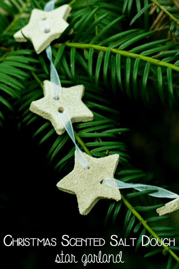 Salt dough star garland with gingerbread scent