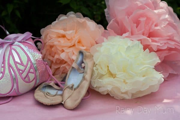 Simple Ballerina Party for little girls that you can throw at home, including ideas for DIY party favours, food and decorations.