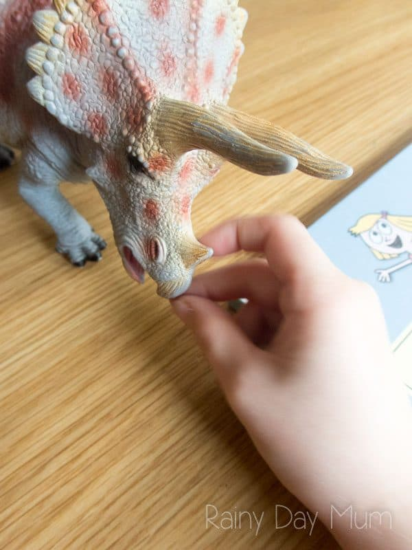 Ideas for quick and easy questions to as for some preschool Dinosaur Maths ideal when playing with children at home or in a classroom setting.