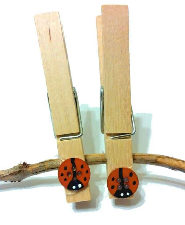 Create your own little ladybug clips - these are perfect for use in maths centres, phonics work and more in the home and the classroom.