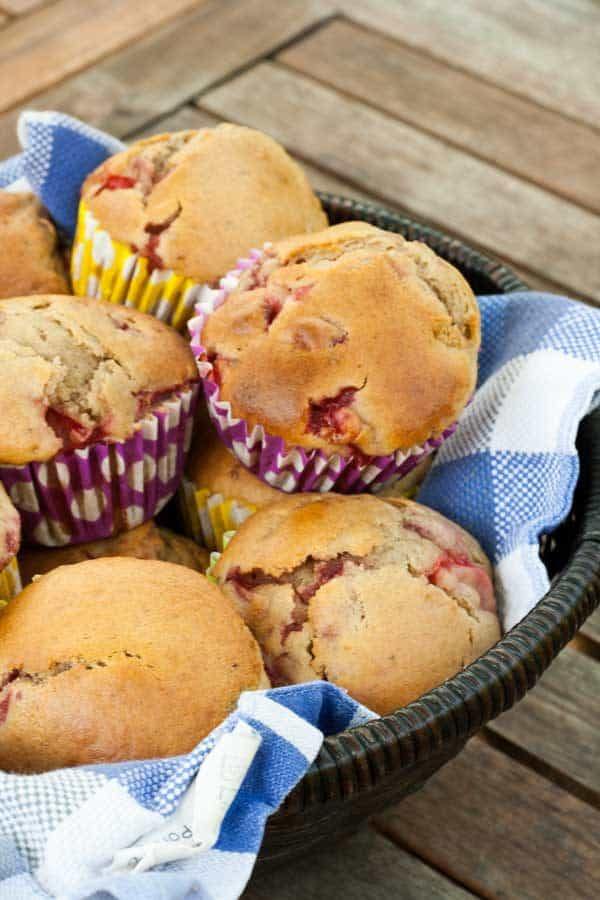 Homemade Easy Strawberry Muffin Recipe