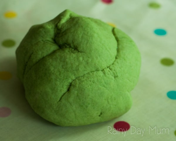 Bright green apple scented playdough recipe