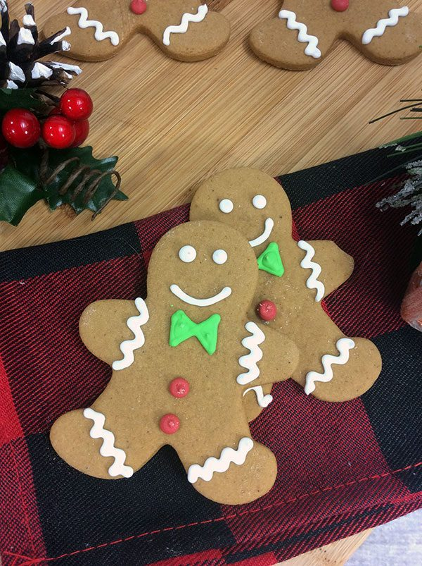 Delicious and simple Gingerbread Recipe ideal for making Gingerbread Men and Cookies