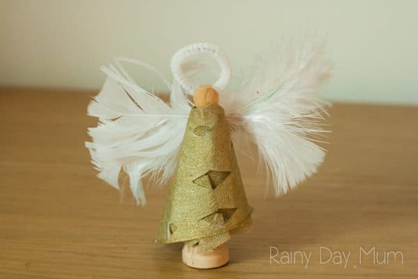 Wooden peg angel to make with toddlers and preschoolers