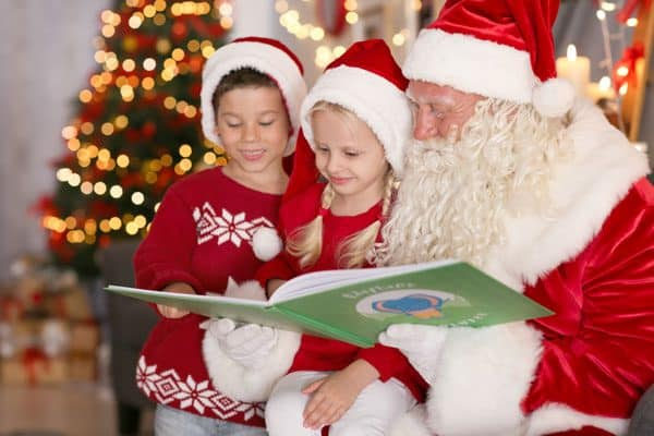 Carefully chosen Christmas Books ideal to share with toddlers and preschoolers at home or in your setting, from classic tales to popular characters.