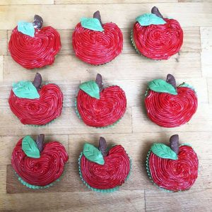 Easy to decorate Apple Cupcakes ideal for school treats, end of school parties or back to school for the kids.