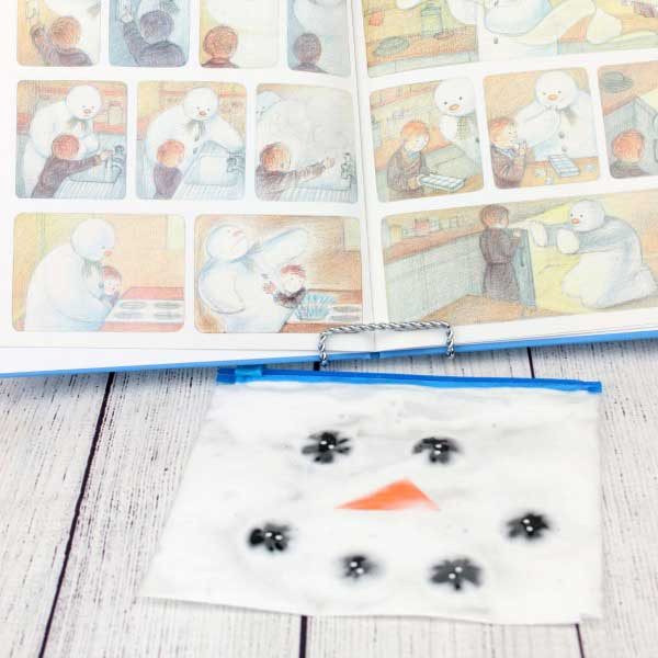 Create your own sensory bag based on the classic picture book The Snowman by Raymond Briggs. Use the melted snowman for some sensory mess free play.