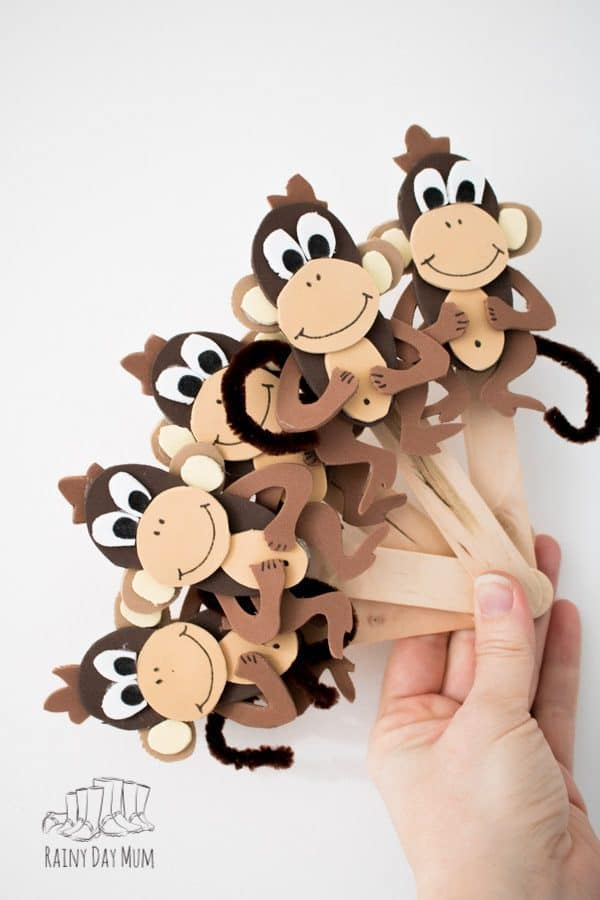 diy monkey puppets for play and rhymes with toddlers