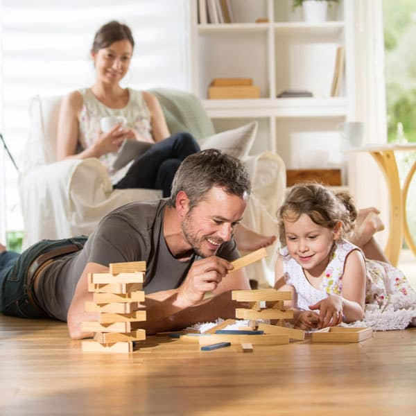 Stop with resolutions and start setting family goals with these 5 ideas for families to set in 2018 that are SMART, doable, achievable and will bring your together as a family.
