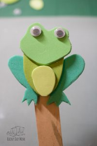 frog attached at the back to the craft stick