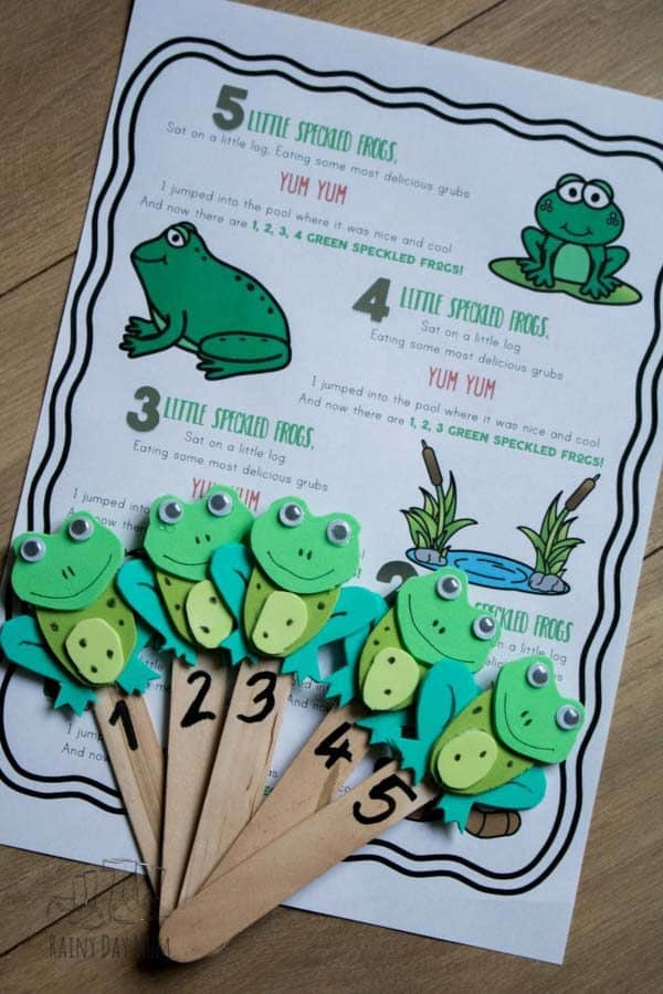 frog puppets with numbers and free printable song