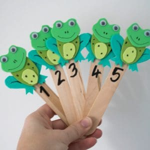 frog puppets for the rhyme 5 little speckled frogs made with craft sticks and craft foam