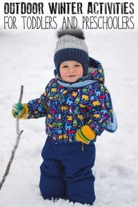 Snow and Ice outside then head out with your kids and give some of these simple no fuss fun outdoor winter activities a try. Perfect January and February activities for toddlers and preschoolers for when those temperatures drop.