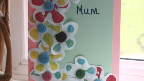 Simple stamped flower Mother's Day Card for Toddlers and Preschoolers to make