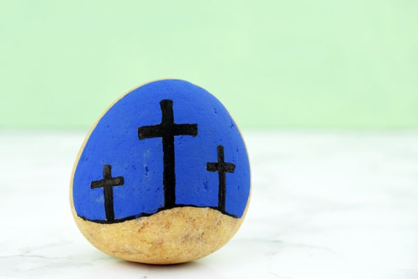 Make these easy Easter Story Stones to help teach your children about the meaning behind the Christian Celebration of Easter. Read aloud the story of Easter and then create and use these simple stones to retell the story.