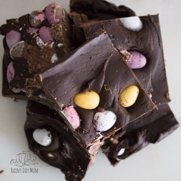 Easy to make Easter fudge recipe with Cadbury Mini Eggs, perfect for some Easter gift or to treat yourself - find out how to make this either with dark chocolate or milk chocolate it's so easy even the kids can do it themselves.
