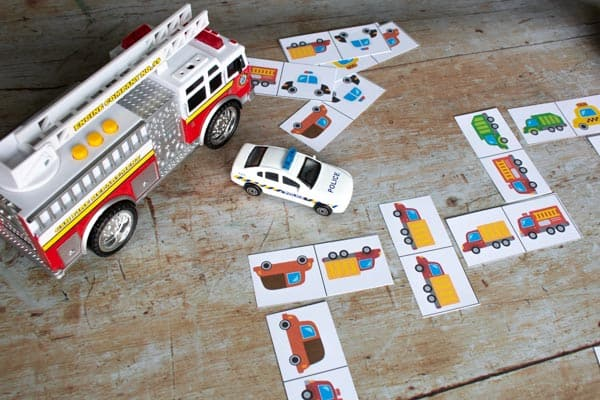 community helpers domino game
