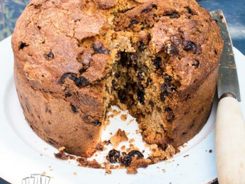 delicious classic farmhouse fruit cake recipe