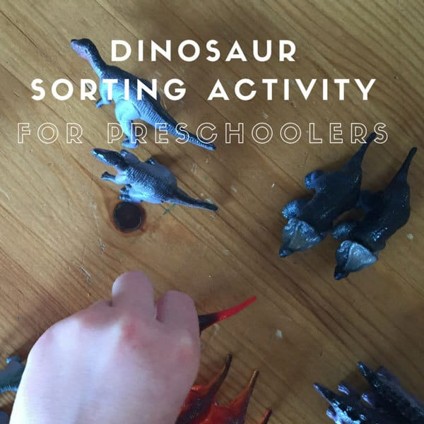 Sorting Dinosaurs by their legs and feet