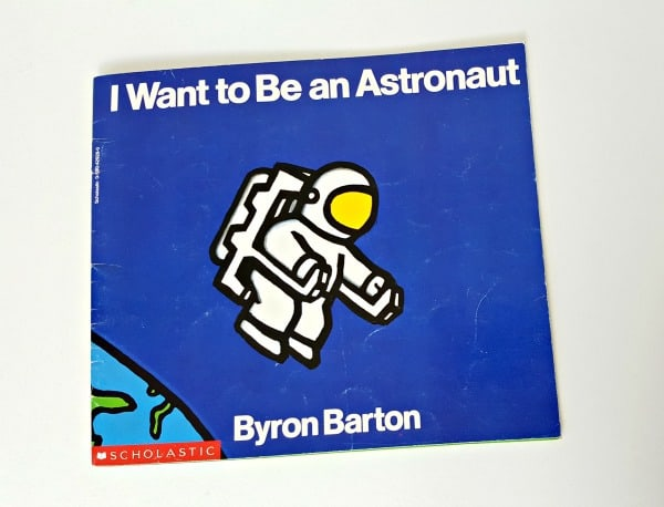 I want to be an astronaut inspired diy felt board for preschoolers
