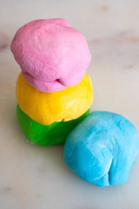 Simple 2 ingredient recipe for edible play dough perfect for sensory play with toddlers that put everything in the mouth.