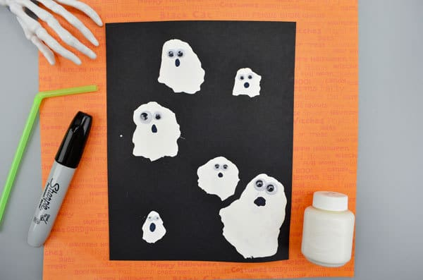 Ghost craft to make after singing some of these fun Halloween Rhymes and Songs ideal for toddlers and Preschoolers