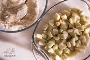 delicious easy apple crumble recipe perfect for sunday dessert