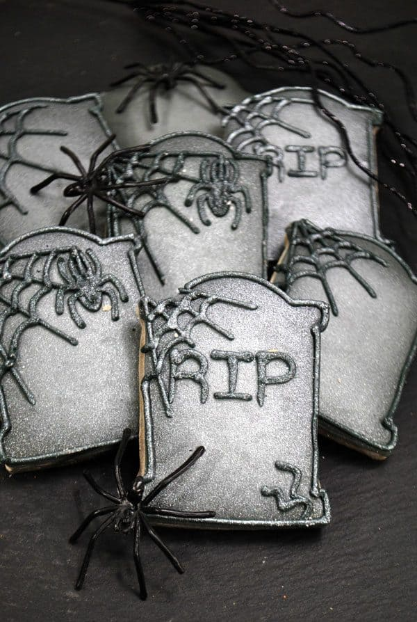 Spooky Tombstone Sugar Cookies to make for Halloween with instructions on decorating